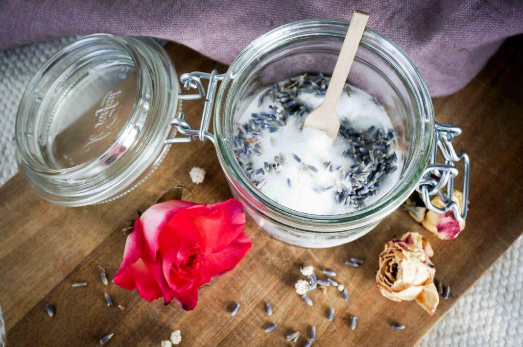 Косметические рецепты из Прованса: лавандовый сахар.