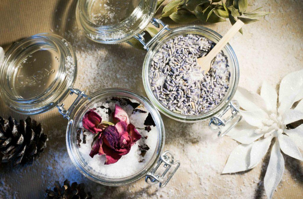 Новогодний хэндмейд: подарки своими руками. Шипучие соли для ванны, простая и красивая идея.