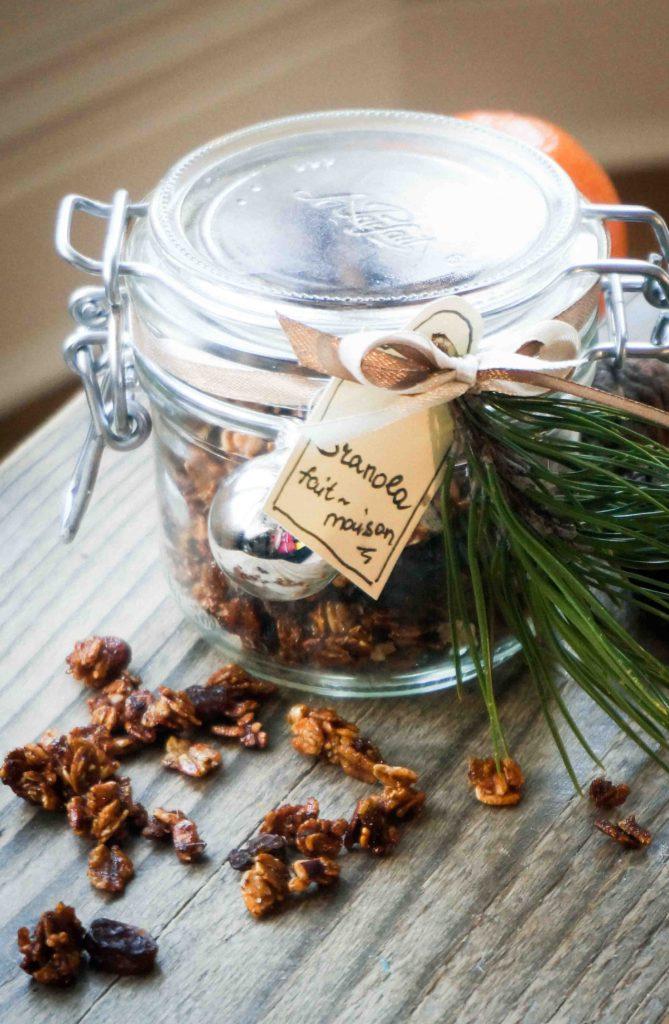 Вкусные подарки в банках: домашняя гранола с медом