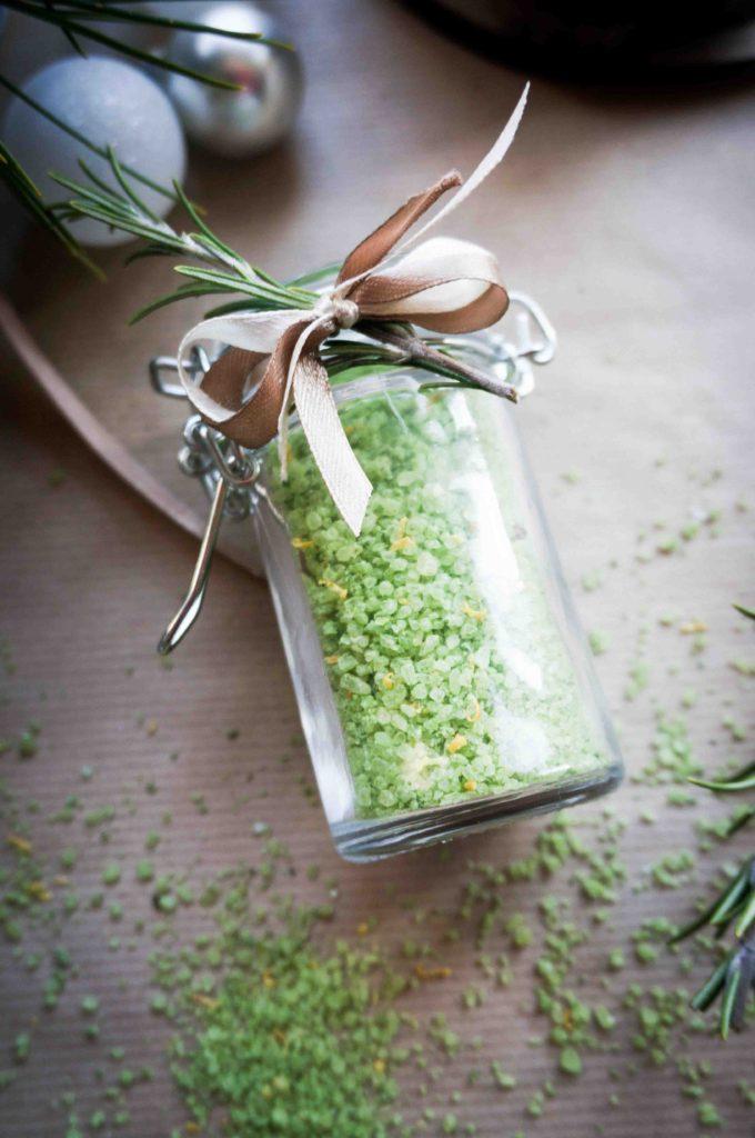 Вкусные подарки в банках: соль с лимоном и ароматными травами