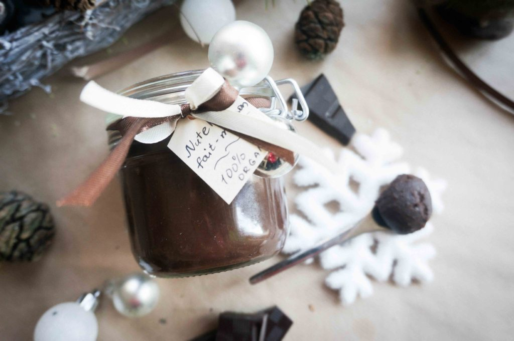 Вкусные подарки в банках: домашняя нутелла